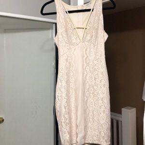 Midi creme dress